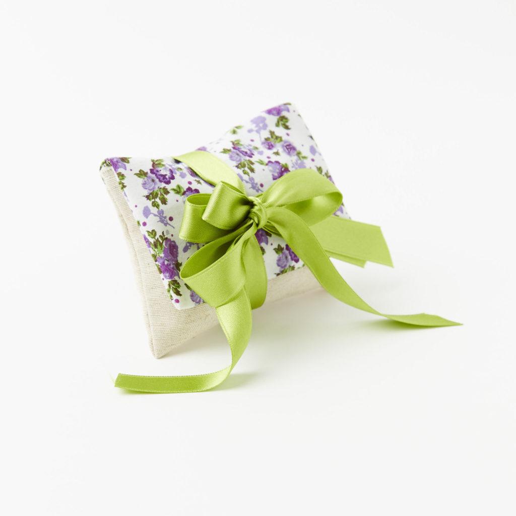 Pochette in lino e cotone modello peonia